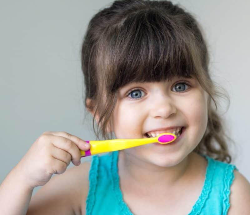 stomatologie-copii-clinica-stomaatologica-copii-sectorul-1-800x688